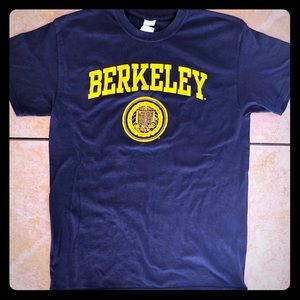 NWOT UC Berkeley Med Drk Blue/Yellow T-Shirt